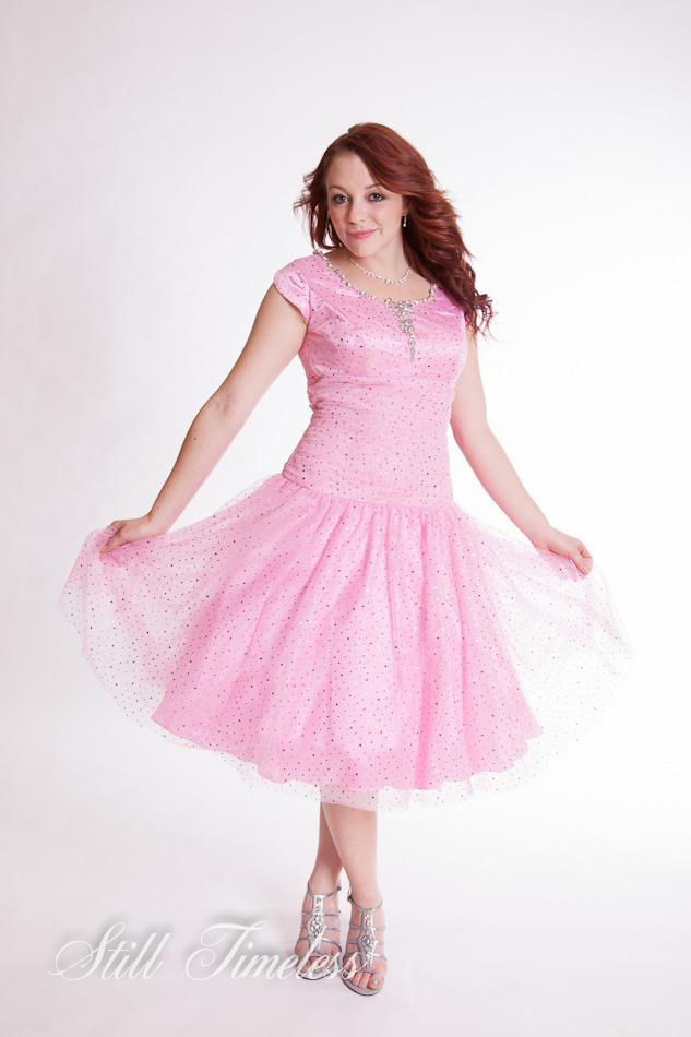 Modest formal dresses utah discount evening dresses for Plus size wedding dresses utah